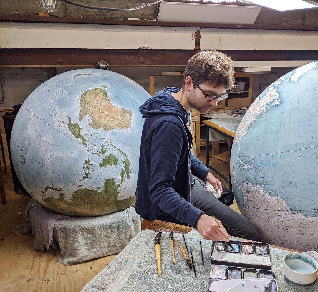 Globes, globes, globes!