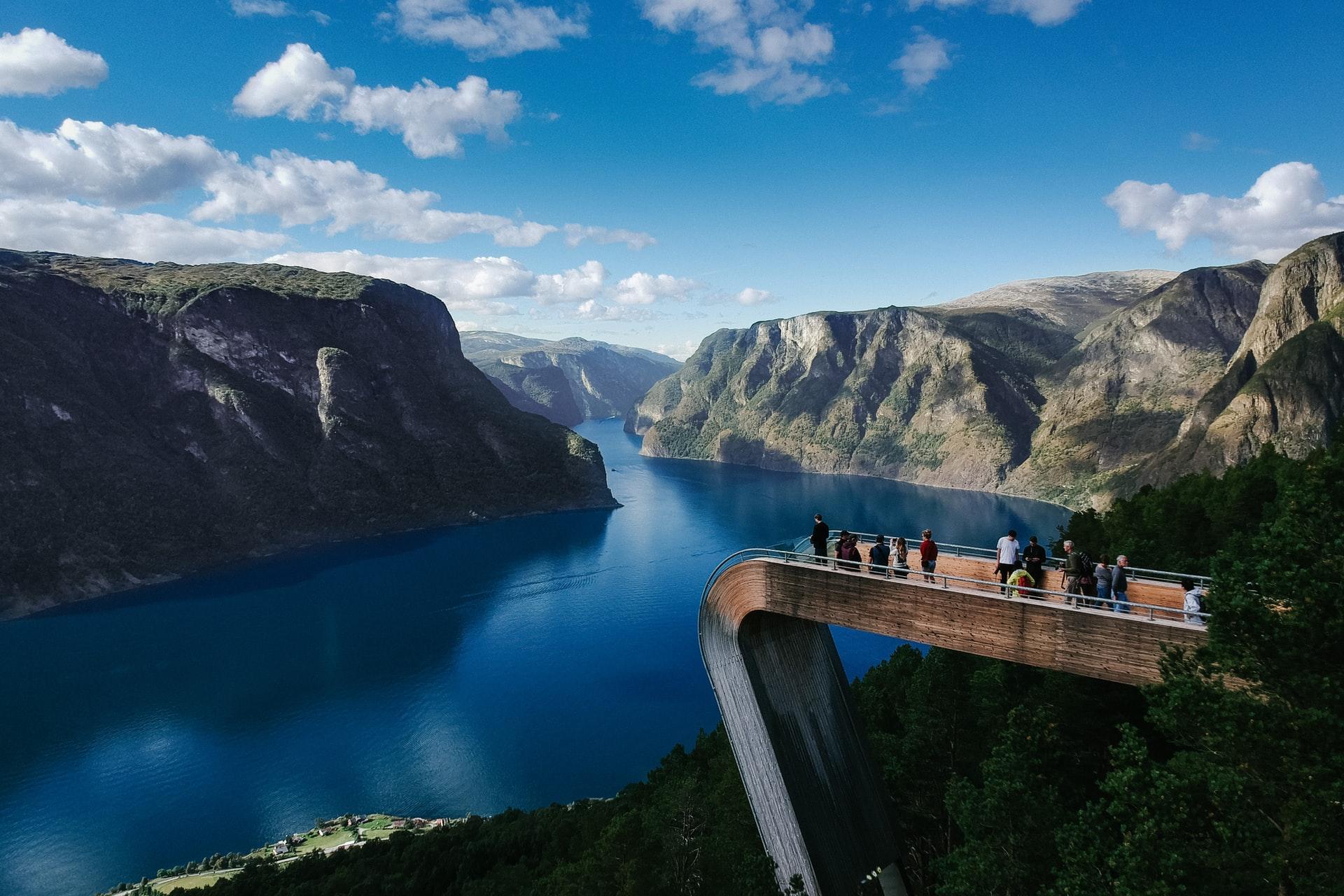 Les Fjords par la route