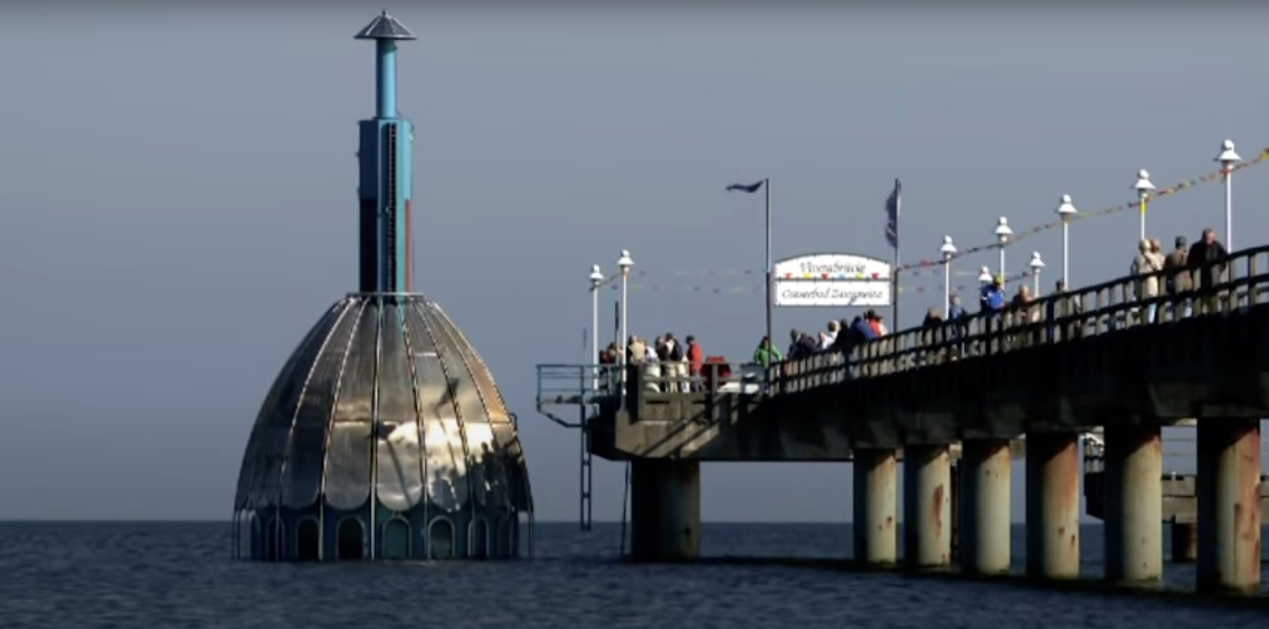 Un ascenseur sous-marin ouvert au public : c'est ici !